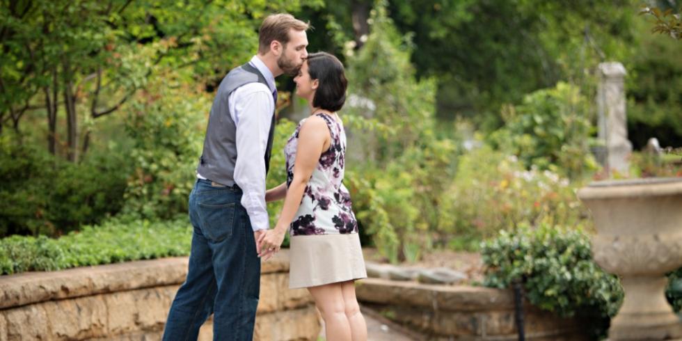 Es pat viņu ne reizi nenoskūpstīju līdz pat kāzu dienai. Vai ir vajadzība saglabāt nevainību līdz kāzām?