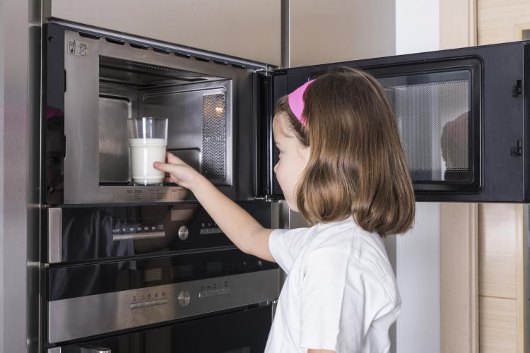 5 veidi, kā mikroviļņu krāsns apdraud Tavu veselību
