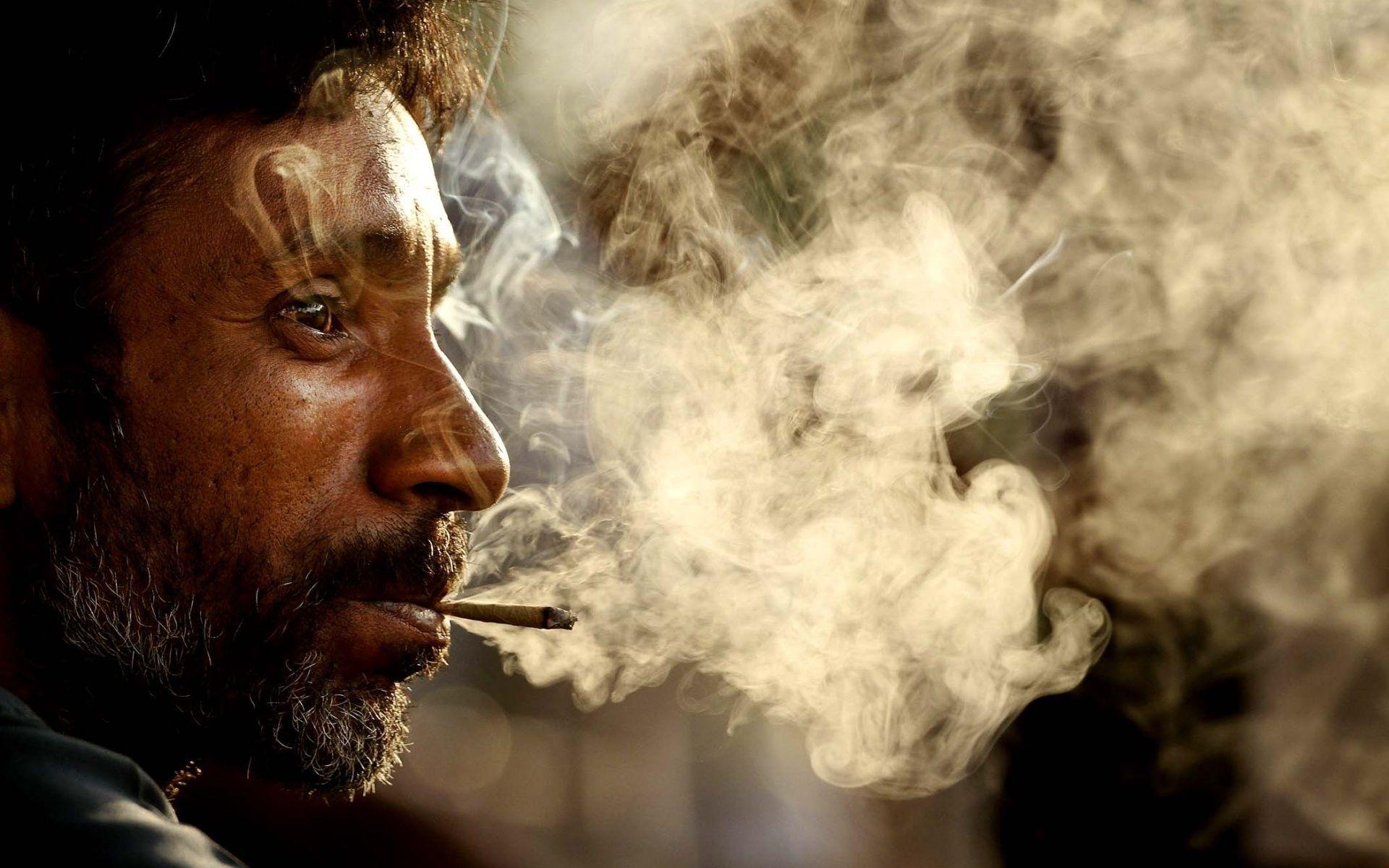 5 lietas, ko jebkurš nesmēķētājs gribētu pateikt smēķētājam
