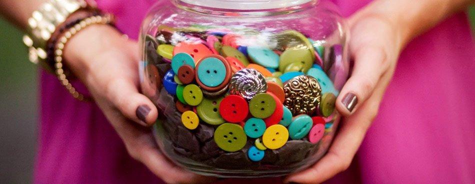 Piešūta poga kā aizsargs: 11 veidi, kā kļūt laimīgākai. Sapņi piepildās!