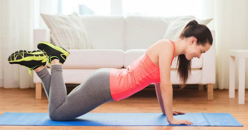 Tikai 5 vingrojumi 4 minūtes dienā pilnībā aizstās fitnesa nodarbības veselas stundas garumā. Ko tādu nedrīkst palaist garām!