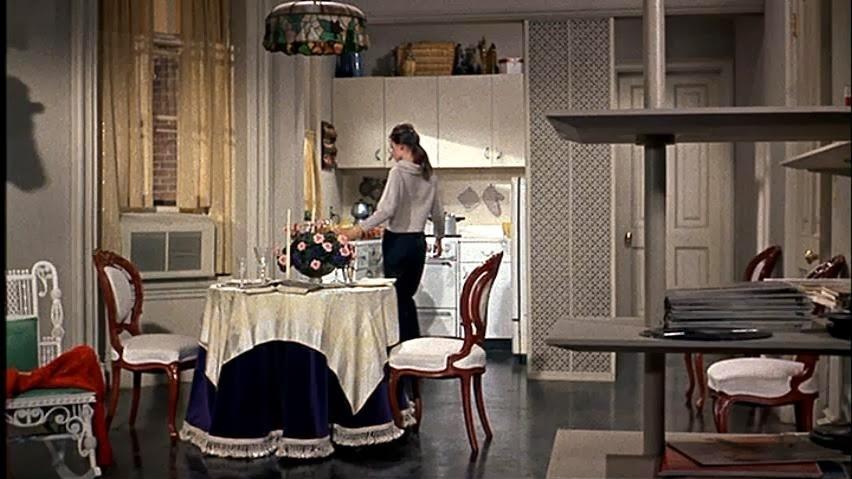 10 priekšmeti, kuriem nevajadzētu atrasties sievietes dzīvoklī! Tie burtiski sabojā dzīvojamo telpu