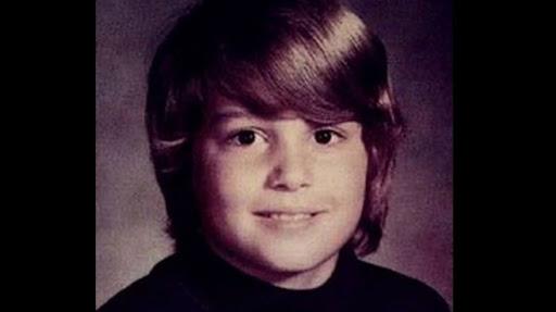 Šis puika izauga nelabvēlīgā ģimenē, dzēra un smēķēja no 12 gadu vecuma, bet tas netraucēja viņam kļūt par Holivudas labāko aktieri!