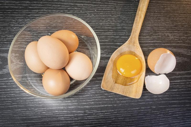 Lūk, ar ko nekad nedrīkst savienot olas! No tā arī rodas smaguma sajūta kuņģī!