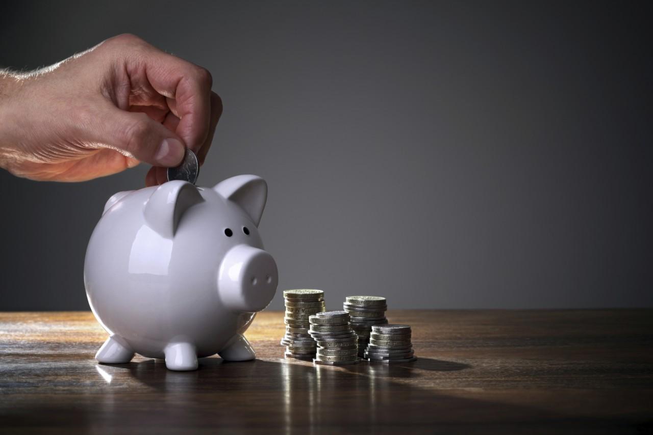 Ģeniāls triks, kas iemācīs krāt naudu