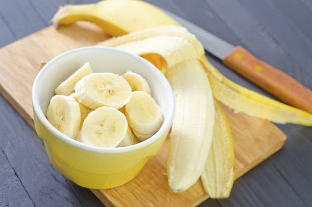 Pagatavojiet visgaršīgāko saldējumu no viena banāna! Fantastiski!