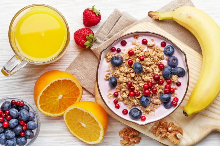 Ko nekad nevajadzētu ēst brokastīs (jūsu pašu veselības labad)