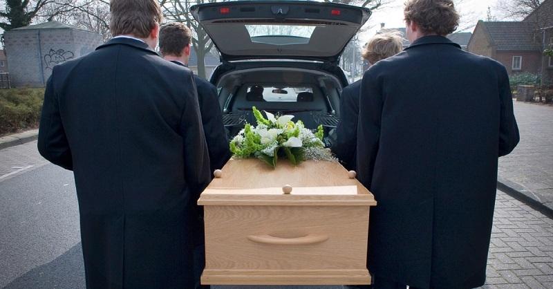 Lūk, kāpēc apglabāšana notiek trešajā dienā pēc nāves! Viss, kas ir jāzina dzīvajiem.