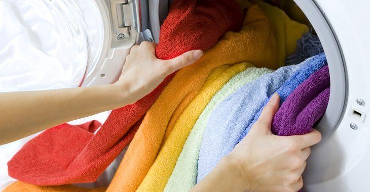 Ja mazgāšanas laikā pievienosiet šo sastāvdaļu, uz drēbēm vairs nebūs netīru pleķu