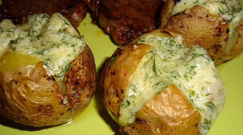 Kartupeļus tādā veidā tu vēl nebūsi gatavojusi! Gardākā piedeva, kādu es esmu ēdusi…