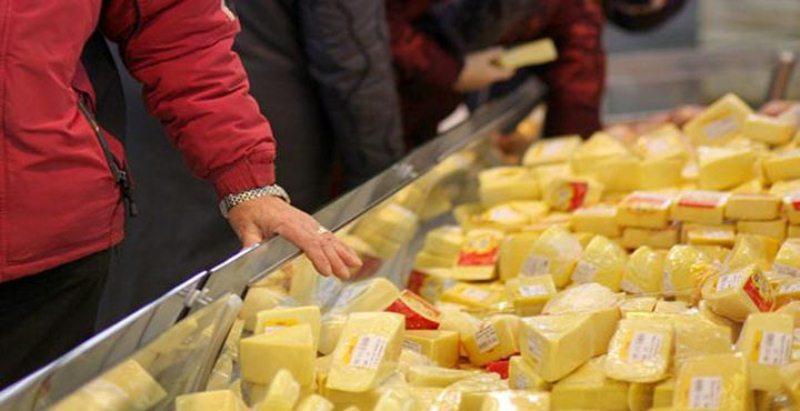 Nekad nepērciet sieru, ja ieraugāt uz iepakojuma šo te!