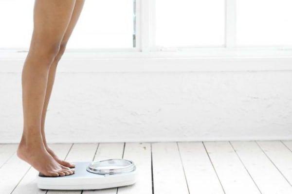 Dietologi rekomendē šīs brokastis tiem, kas vēlas zaudēt vēderu