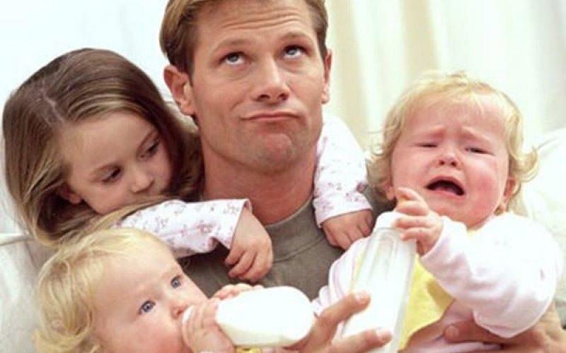 Vīrs negrib ceturto bērnu, taču viņa domas nevienu neinteresē