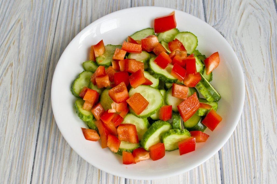 Paprikas un gurķu salāti ziemai – garda piedeva gaļas ēdieniem