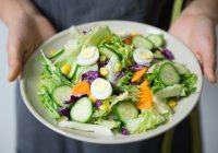 Ko jāēd pēc sešiem, lai novājētu? Ēdot pareizi, aizmirsti par lieko svaru!