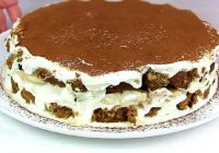 Torte kā pūciņa par kapeikām! Jūs būsiet sajūsmā!