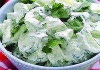 Gurķu salāti ar sieru. Mūsu ģimenē ļoti iecienīti