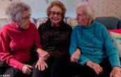 Iepazīstieties: trīs draudzenes, kuras ir kopā jau veselu mūžību. Tā ir īsta draudzība!