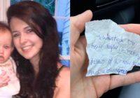 Sieviete izmaksāja bezpajumtniekam vakariņas. Viņš pasniedza zīmīti, kuru viņa neaizmirsīs nekad