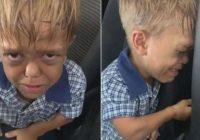 Skolā zēnu pazemoja mazā auguma dēļ. Viņš gribēja izdarīt pašnāvību. Lūk, kā rīkojās viņa māte!
